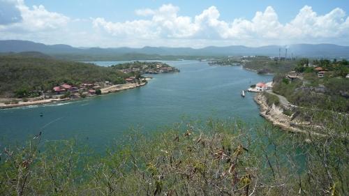 Entrada a la bahía de Santiago del El Castillo del Morro (de Santiago esta vez, claro)